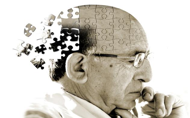 Tìm hiểu bệnh teo não ở người già 1
